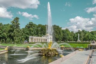 Фото фонтана Самсон