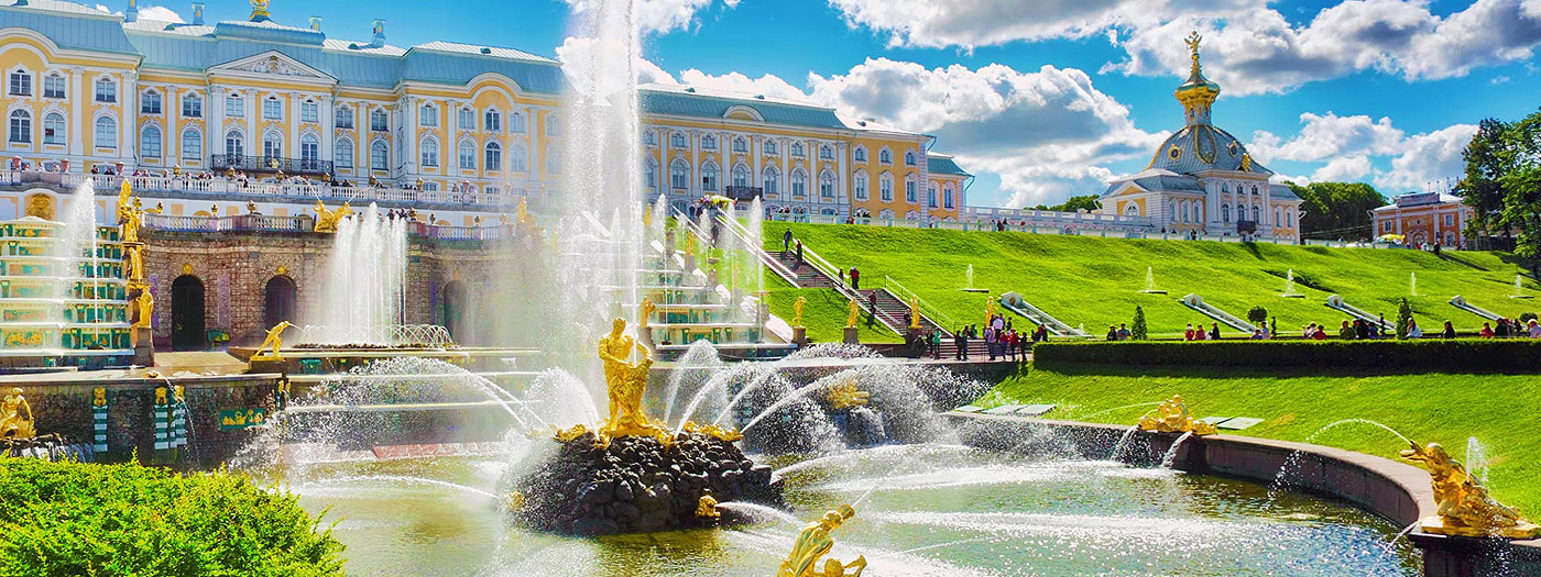 All Peterhof Sights — in a step!